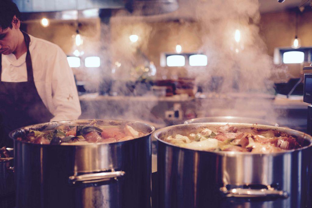 Undgå kollektiv sygdom ved god opbevaring af kantinemad